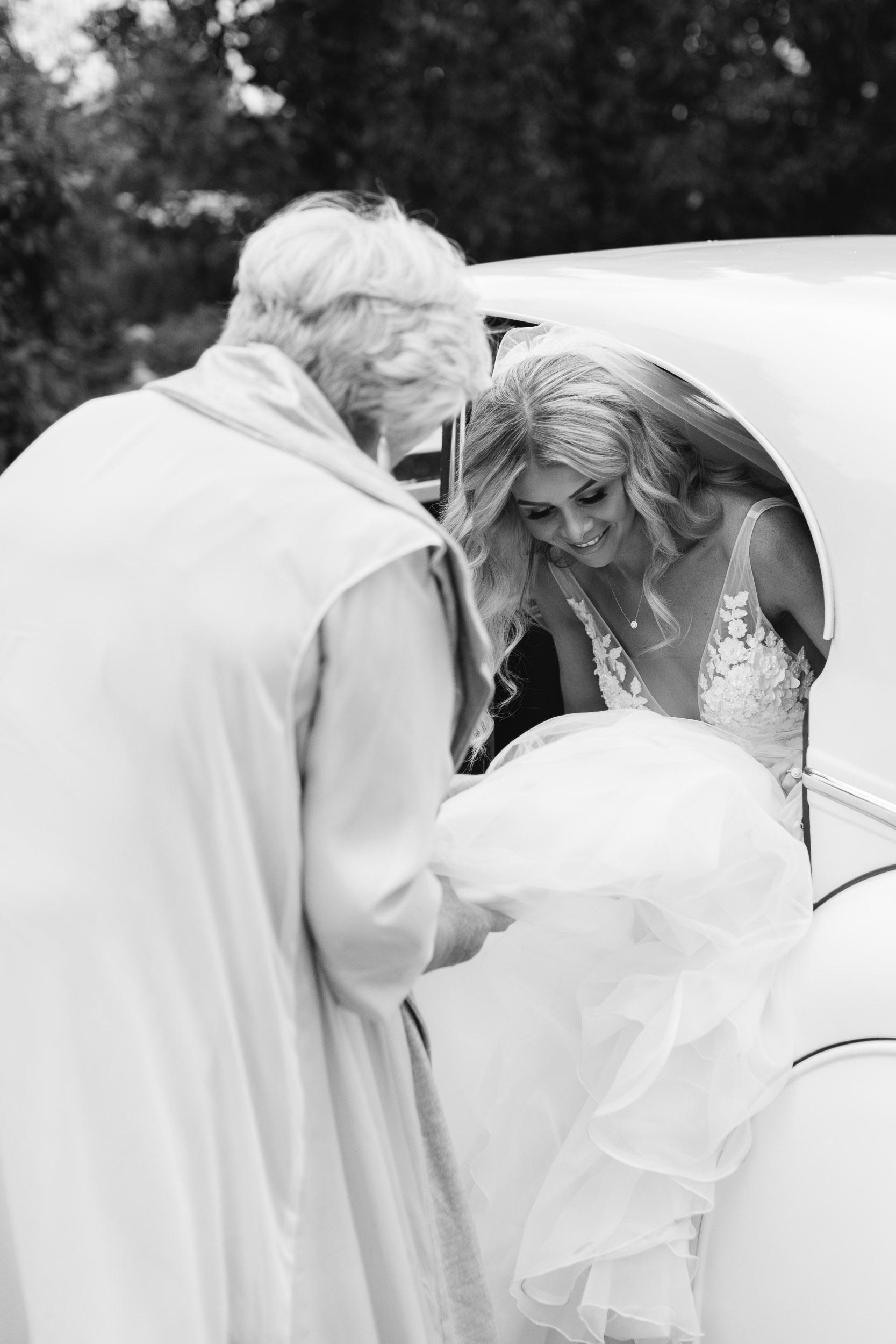 Kas-Richards-Mornington-Peninsula-Private-Property-Wedding-Marianna-Hardwick-Gown-184.jpg