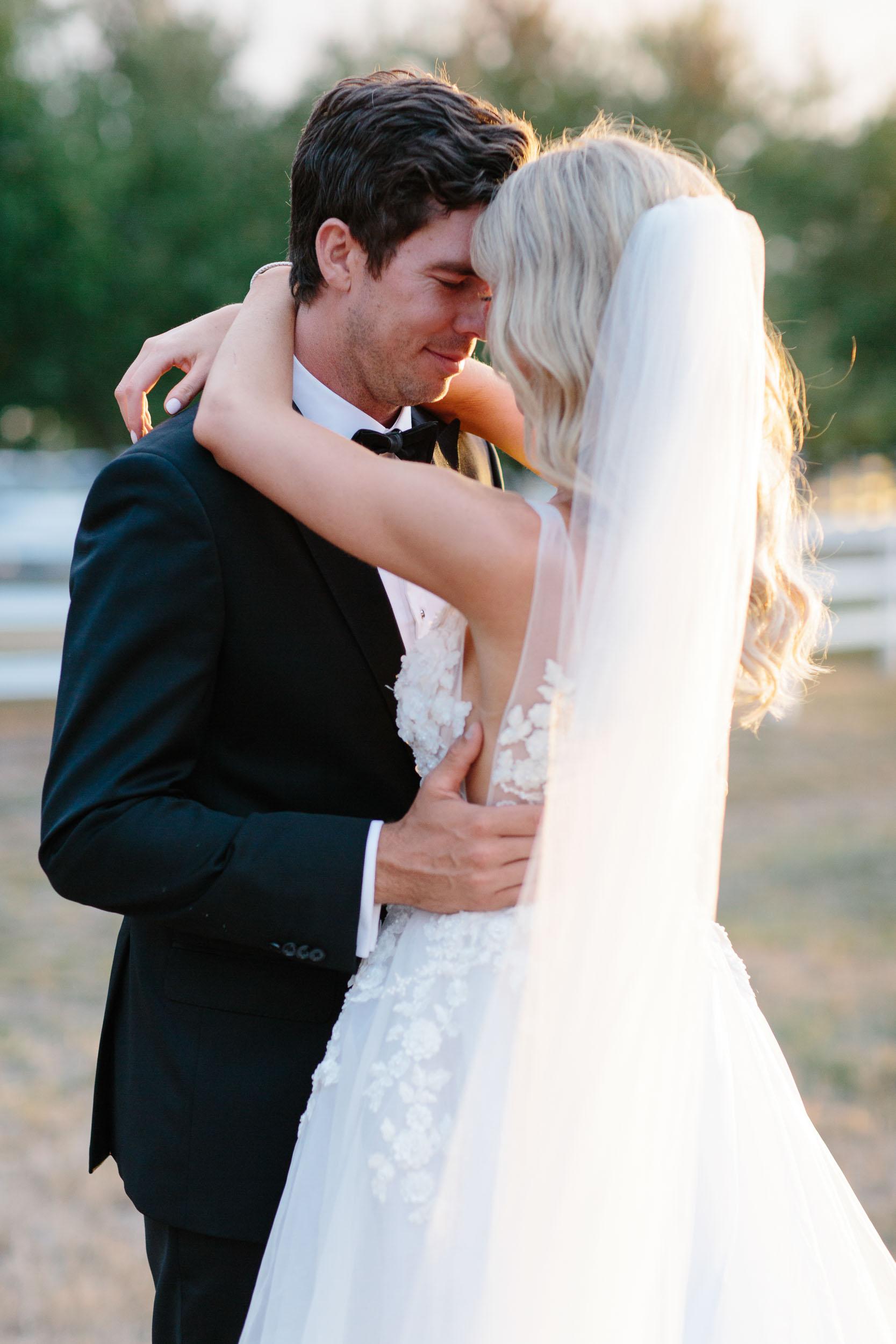 Kas-Richards-Mornington-Peninsula-Private-Property-Wedding-Marianna-Hardwick-Gown-676.jpg
