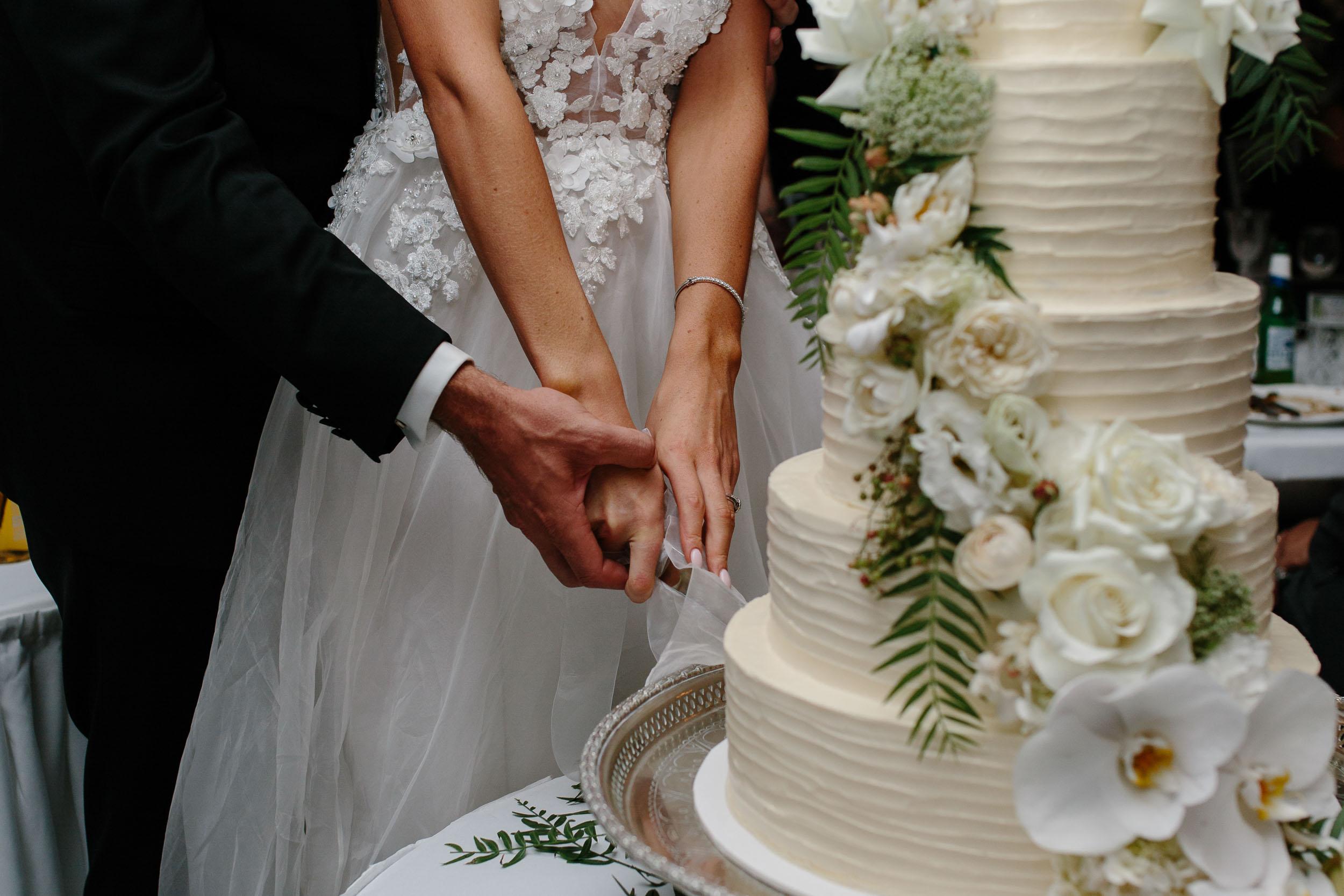 Kas-Richards-Mornington-Peninsula-Private-Property-Wedding-Marianna-Hardwick-Gown-785.jpg