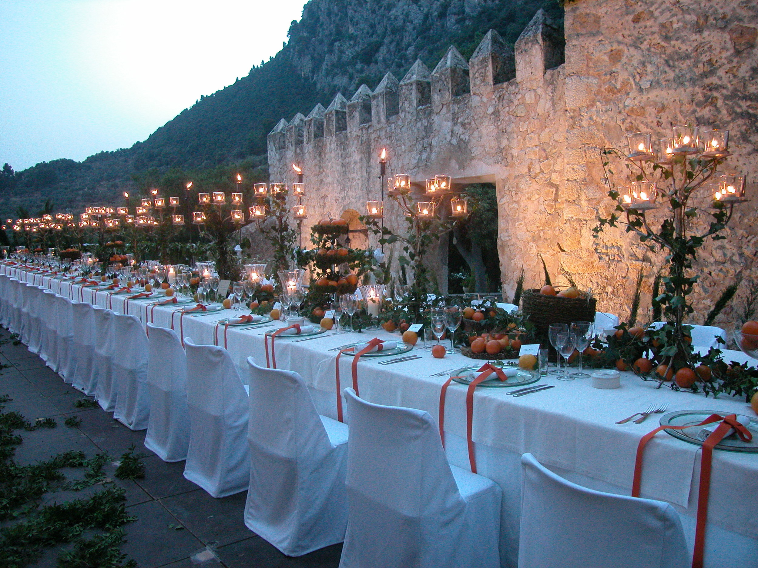 Wedding ceremony surrounded by mountains in Italy