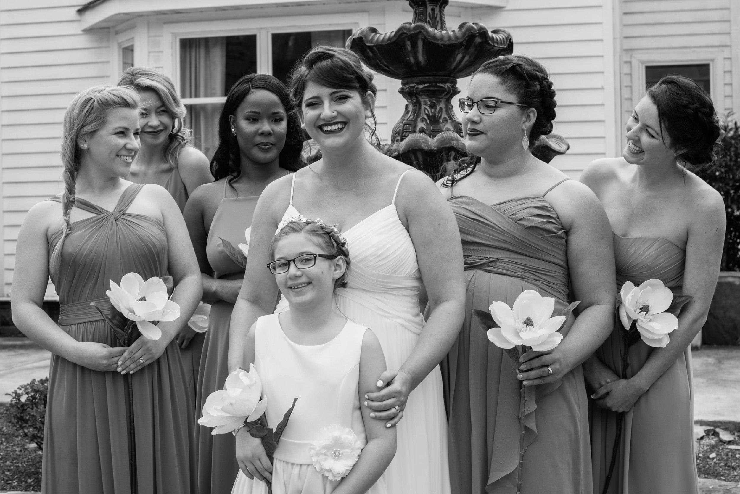 weddingpartyb&w-008.jpg