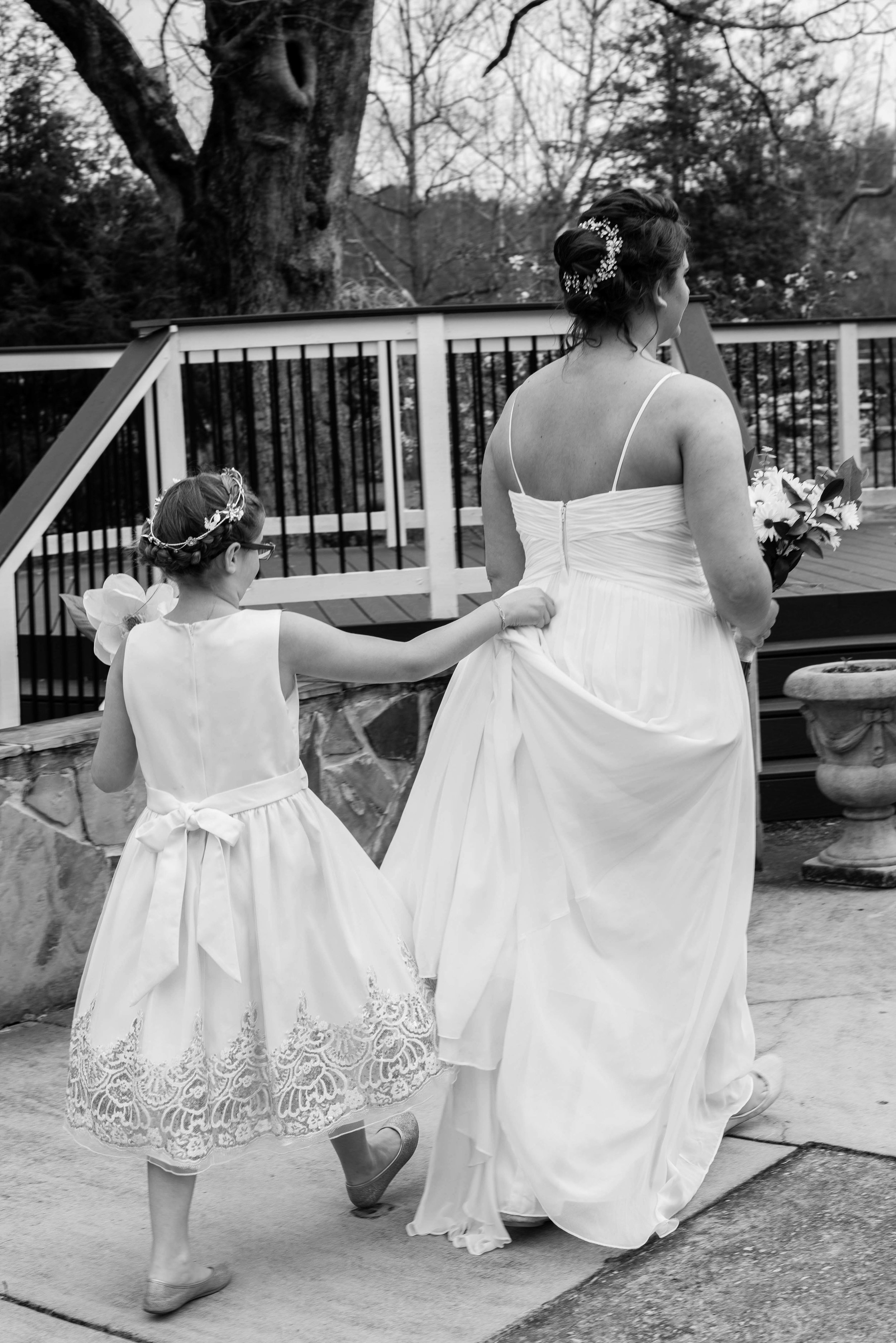 weddingpartyb&w-009.jpg