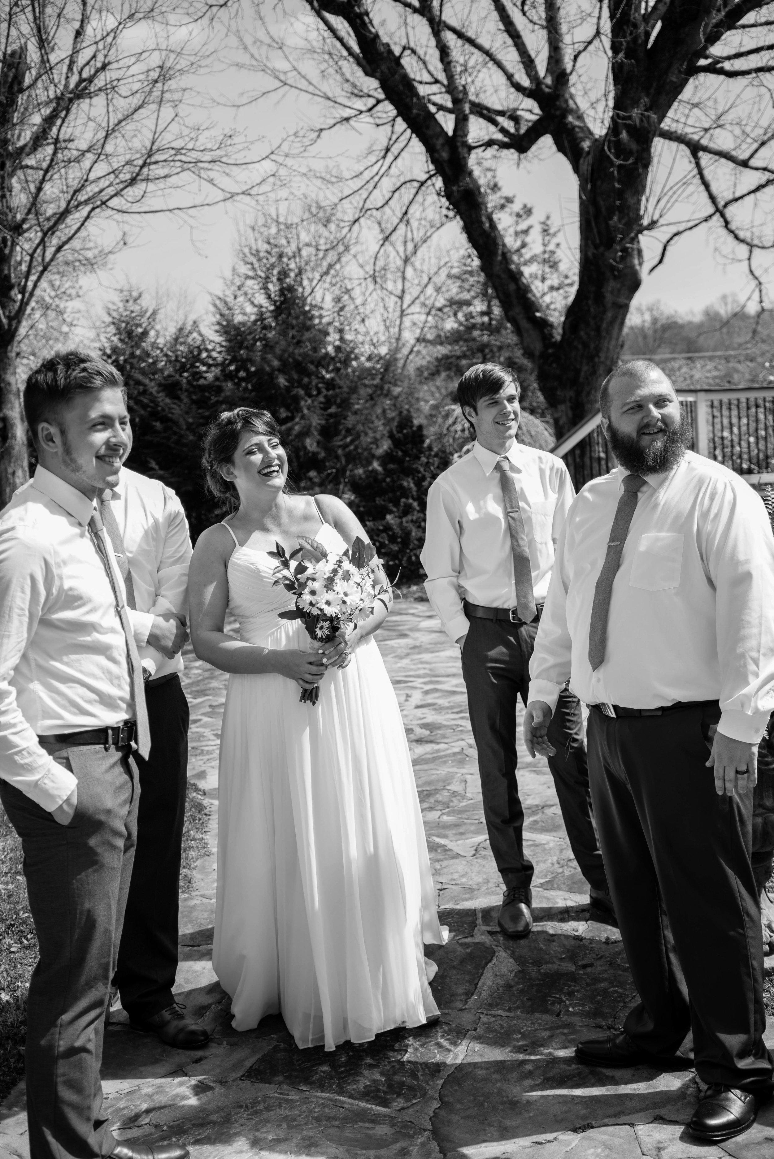 weddingpartyb&w-018.jpg