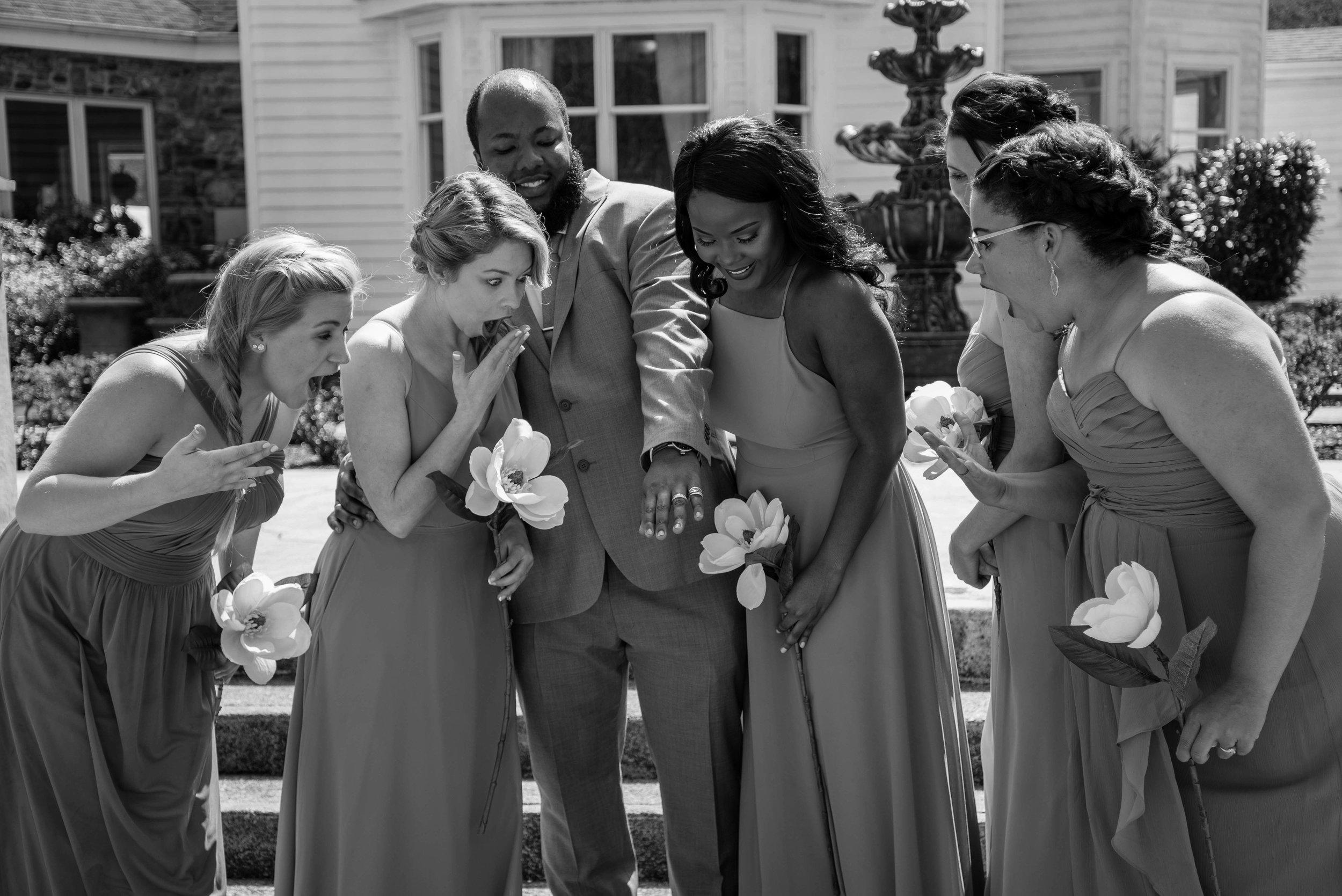 weddingpartyb&w-019.jpg