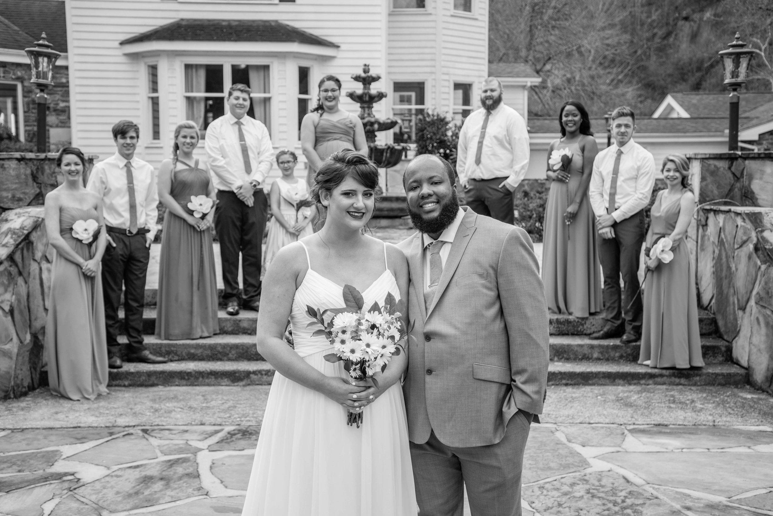 weddingpartyb&w-021.jpg