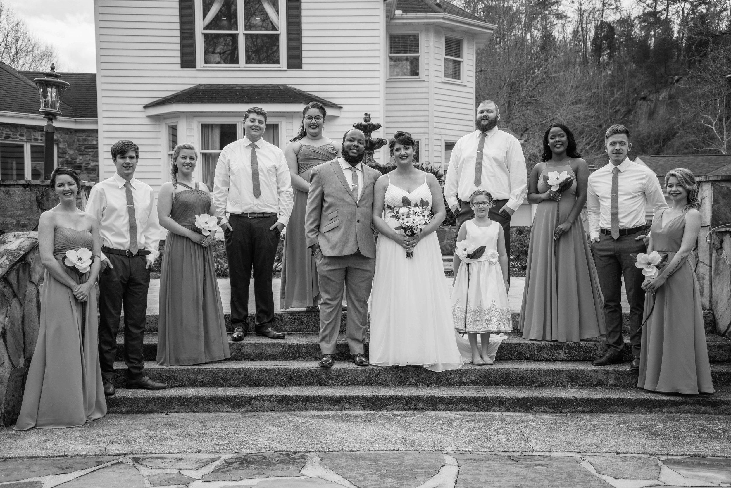 weddingpartyb&w-022.jpg
