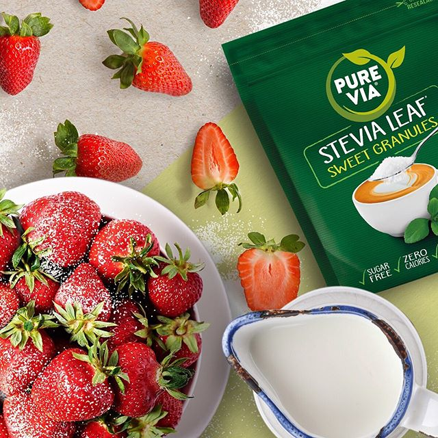 Juicy, fresh strawberries and Stevia Leaf Sweet Granules? Game. Set. Match! • 🎾 🍓🎾🍓🎾🍓🎾🍓 • Who's ready for the #WimbledonFinals this weekend? 😎