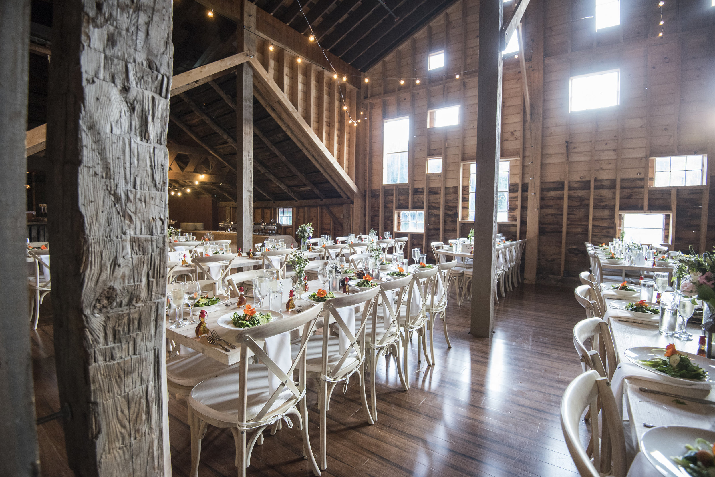 Our historic barn comfortably fits up to 250 guests
