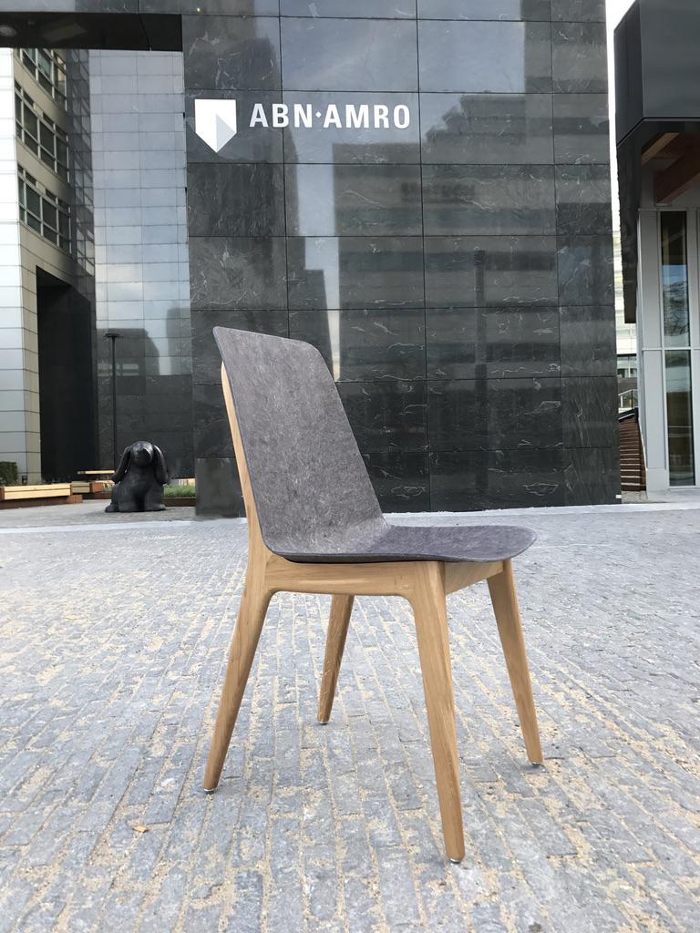 Unusual_Chair_ABN-AMRO_Planq.jpg