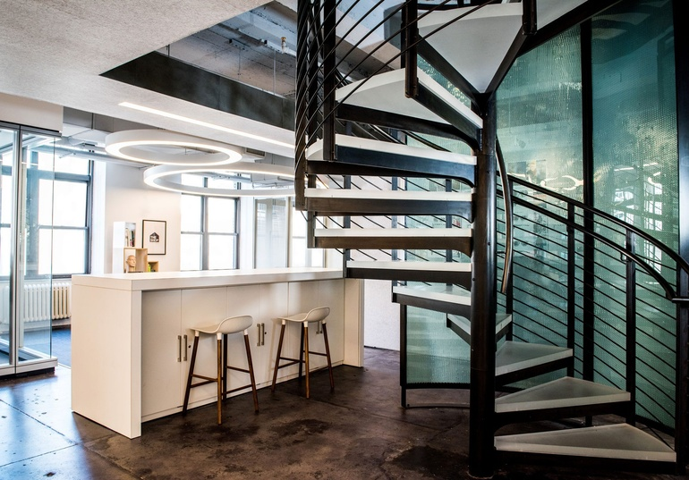 INTERIOR DESIGN  / 2017 / VSP Global for Kostow Greenwood Architects / Spiral staircase