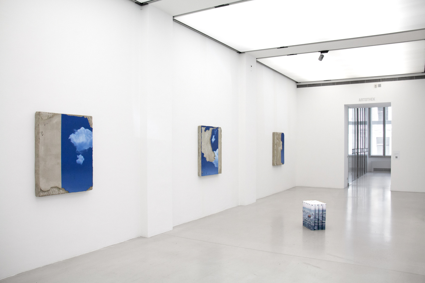 Seamless (installation shot), MUSA Gallery, 2016