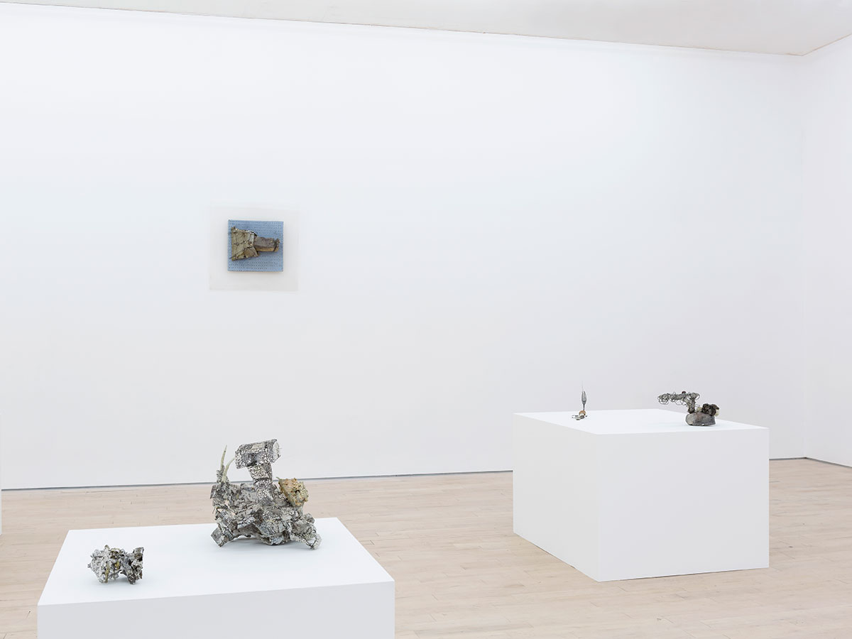 7.-Gillian-Lowndes-installation-view - Copy.jpg