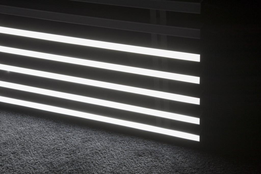 Seventeen_Simnett-Faint-with-Light-2016-Detail-v1.jpg