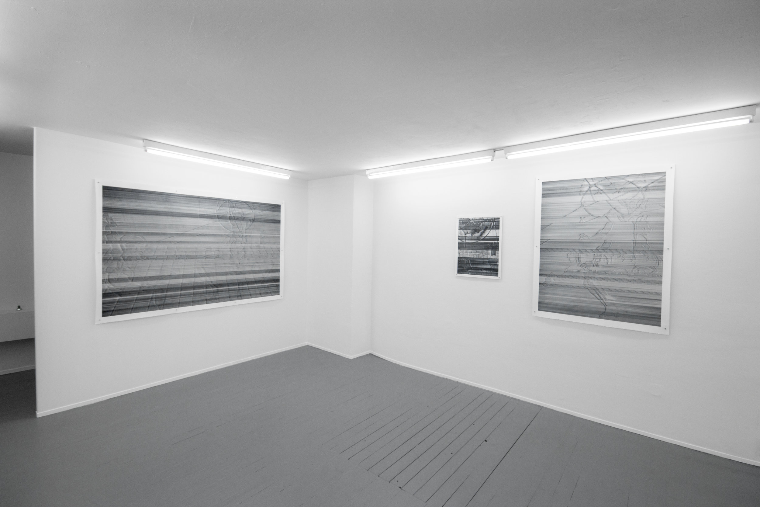 MALFUNCTIONAL INCUBATOR, 2017, (m) IMPLANTATION MALFUNCTION, 2017; (r) UNINTENTIONAL IMITATION, 2017; Exhibition view, Galerie Kai Erdmann