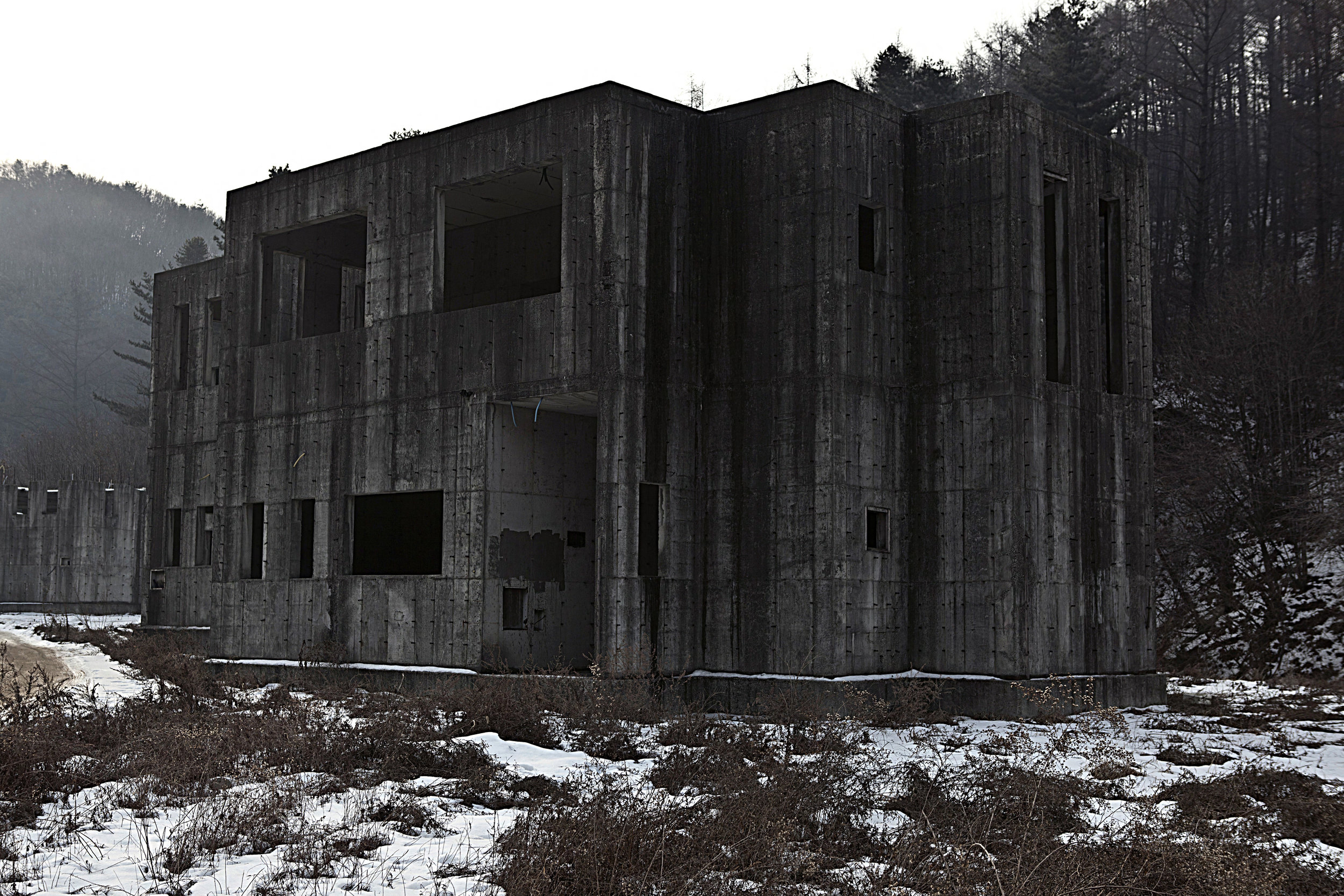 144, Jisam-ro, Dead Place Project #2, 2013