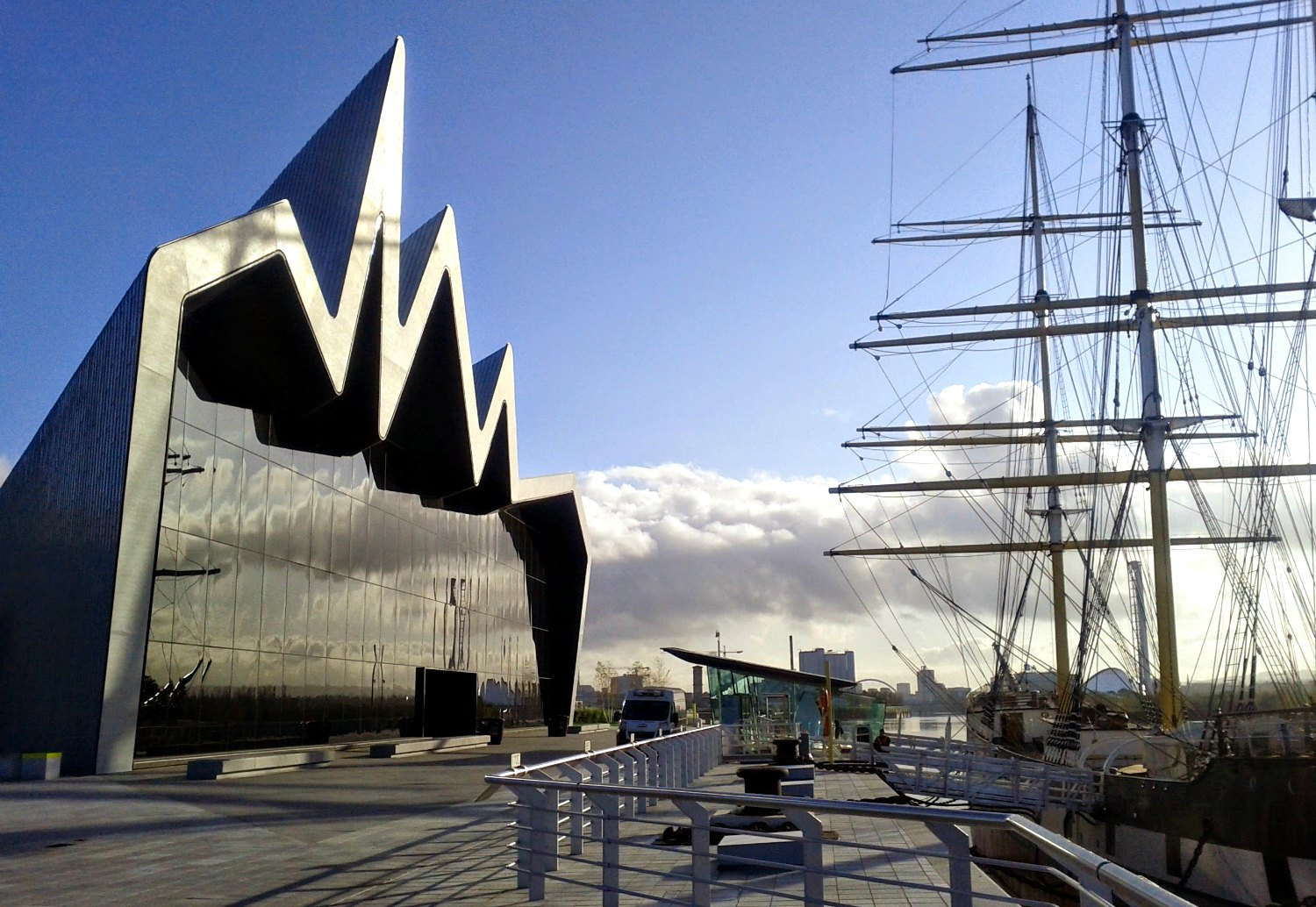 The Riverside Museum : Scotland's Museum of transport & the Tall Ship Glenlee,