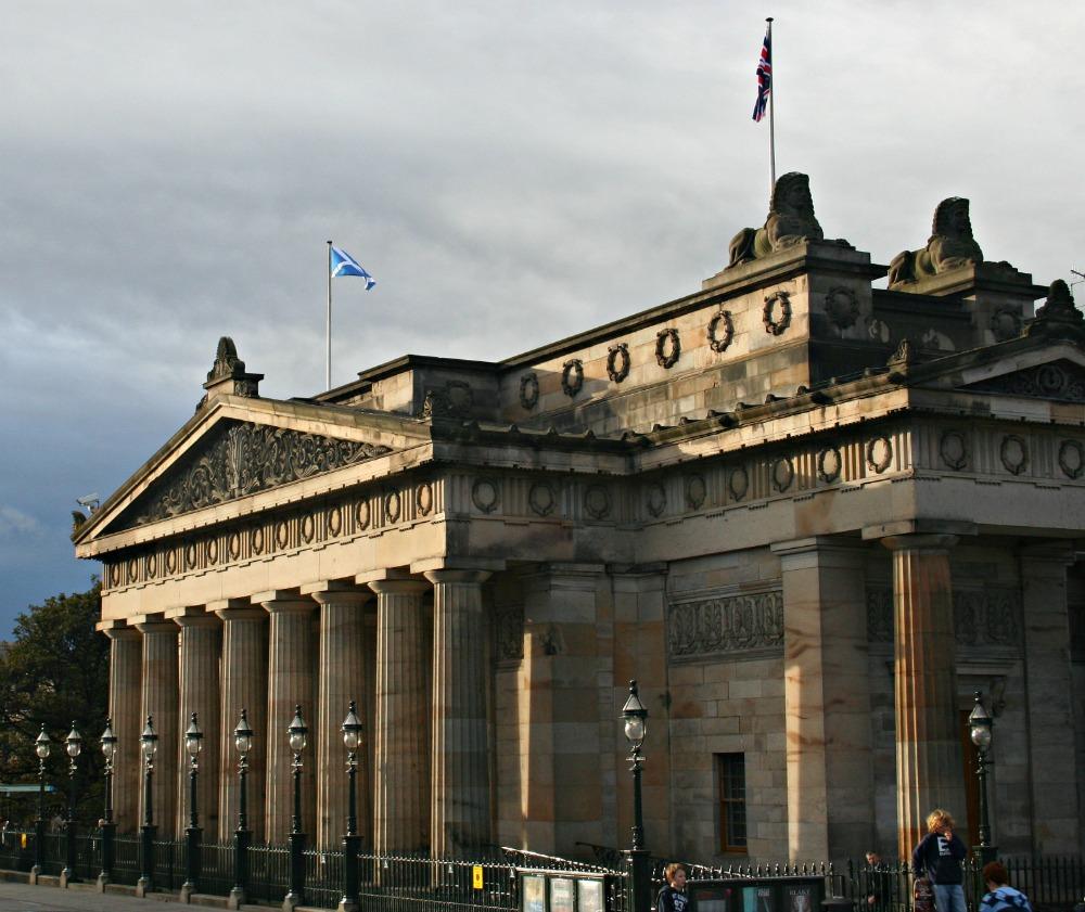 Royal Scottish Academy in thin autumn sunshine