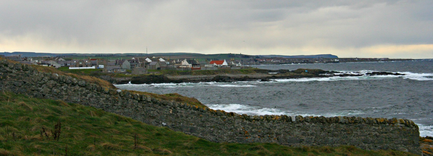 Looking west from Kinnaird Head, Fraserburgh, on the very tip of Aberdeenshire. Broadsea in middle distance, with, further off, Sandhaven. Troup Head on horizon.  Picture taken in November, the same time of year that the Edward Bonaventure came ashore.