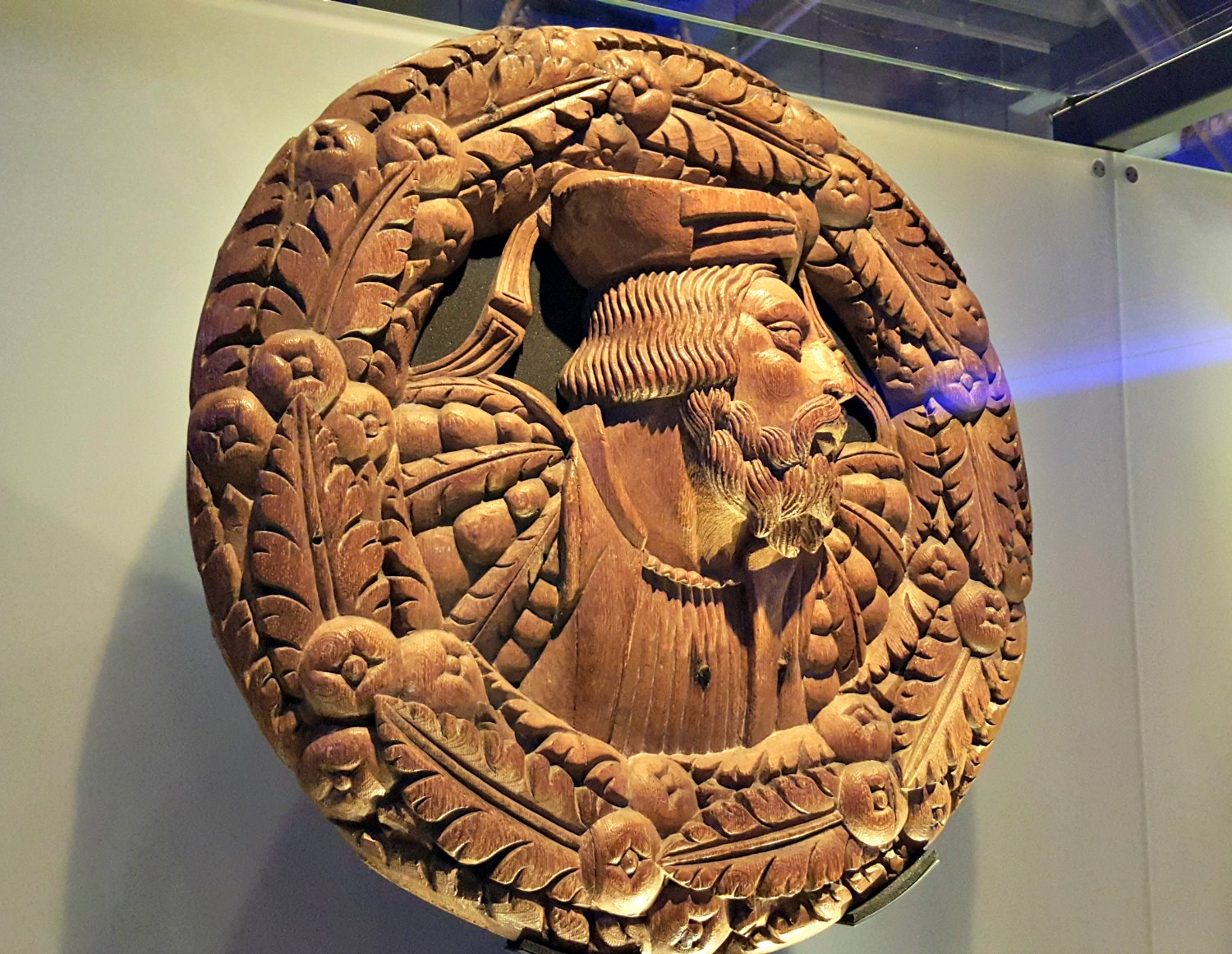 The Stirling Heads Gallery is a must-see– these 16th-century oak medallions are carved with images of kings, queens, nobles, Roman emperors and characters from the Bible and Classical mythology.