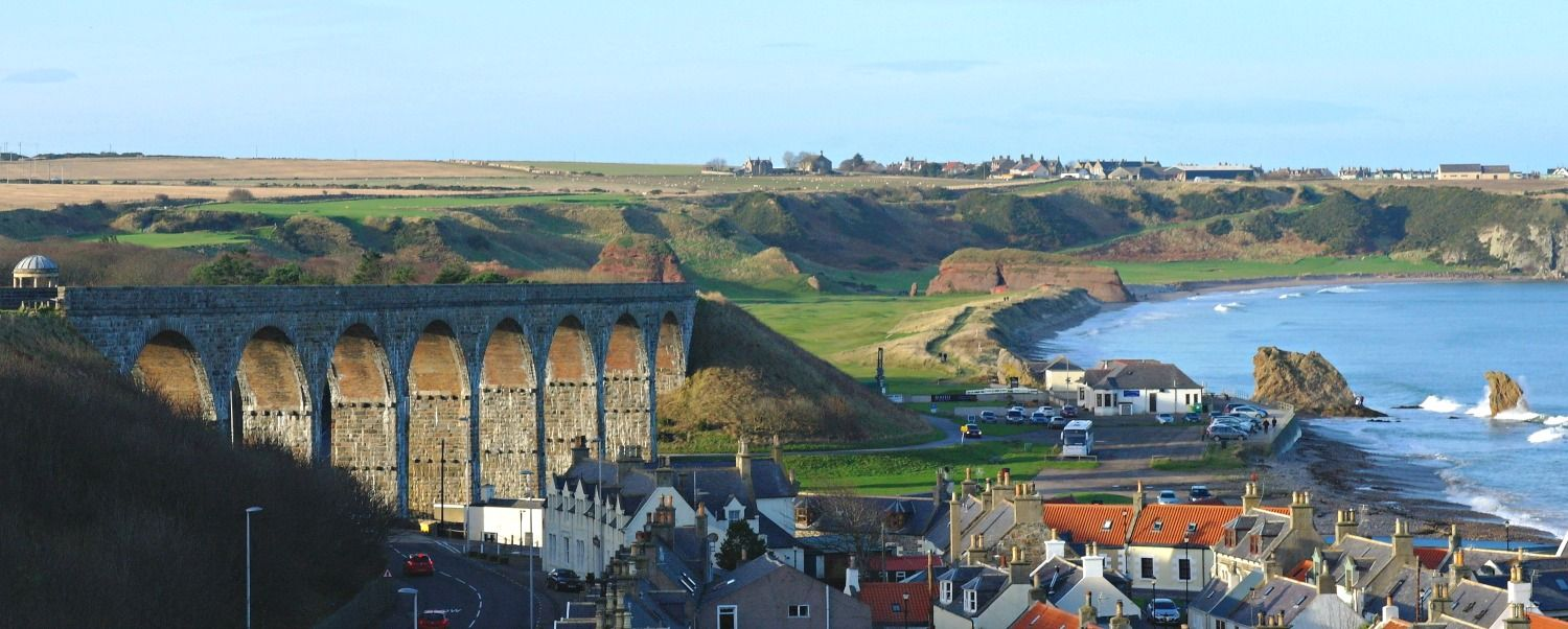 Winter sunlight this time - and a view of the edge of Cullen sea-town and the viaduct/walkway that give such great views. Portknockie on skyline.