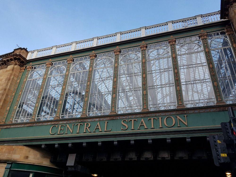 What lies above the Hielandman's Umbrella: basically, Glasgow's Central Station.,