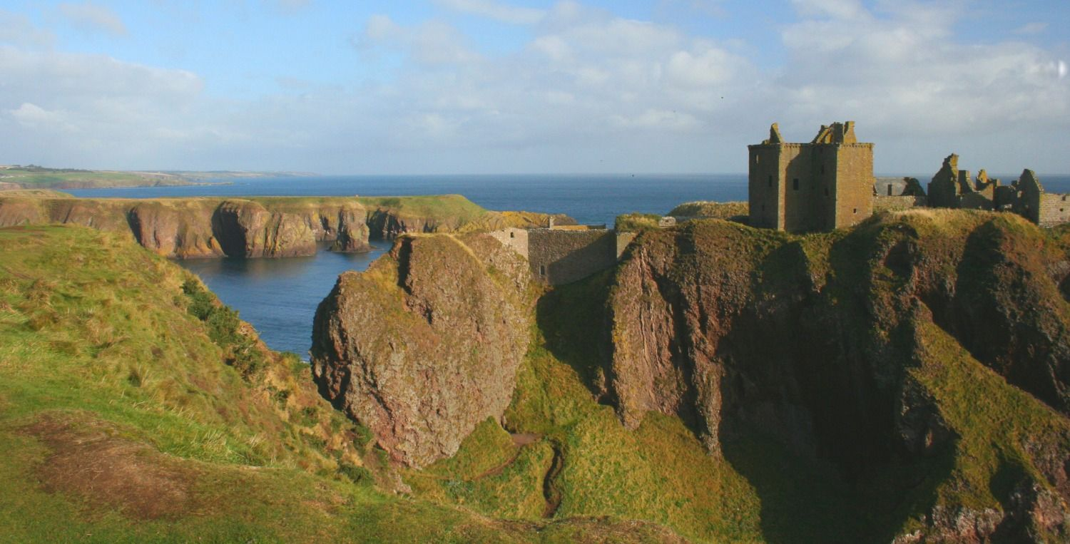 This is Dunnottar Castle and its clifftop setting, just a few minutes south of the coastal town of Stonehaven. (Good lunch stop there? - try the Ship Inn right by the attractive harbour.)