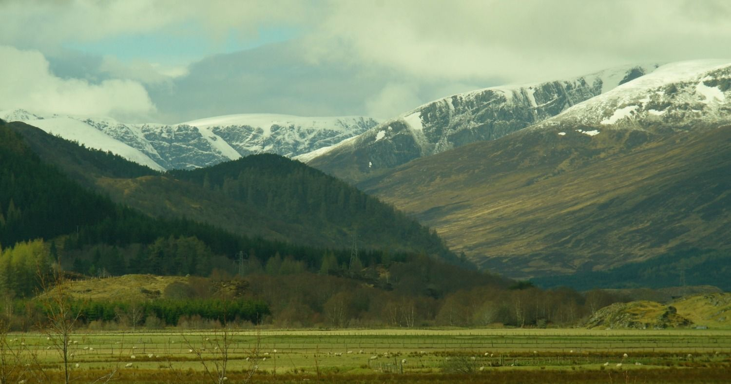 April in the middle of the Highlands