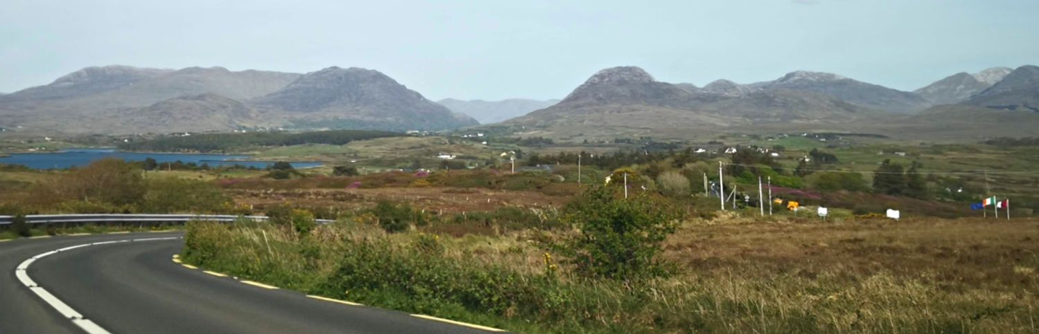 North of Clifden, back on the main road and returning to sea level after the Sky Road loop.