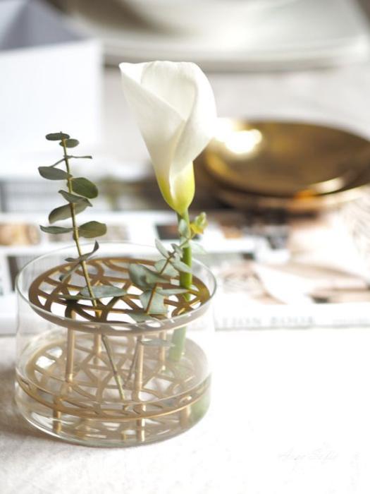 The best vases for spring flowers at Scandimericanlife.com