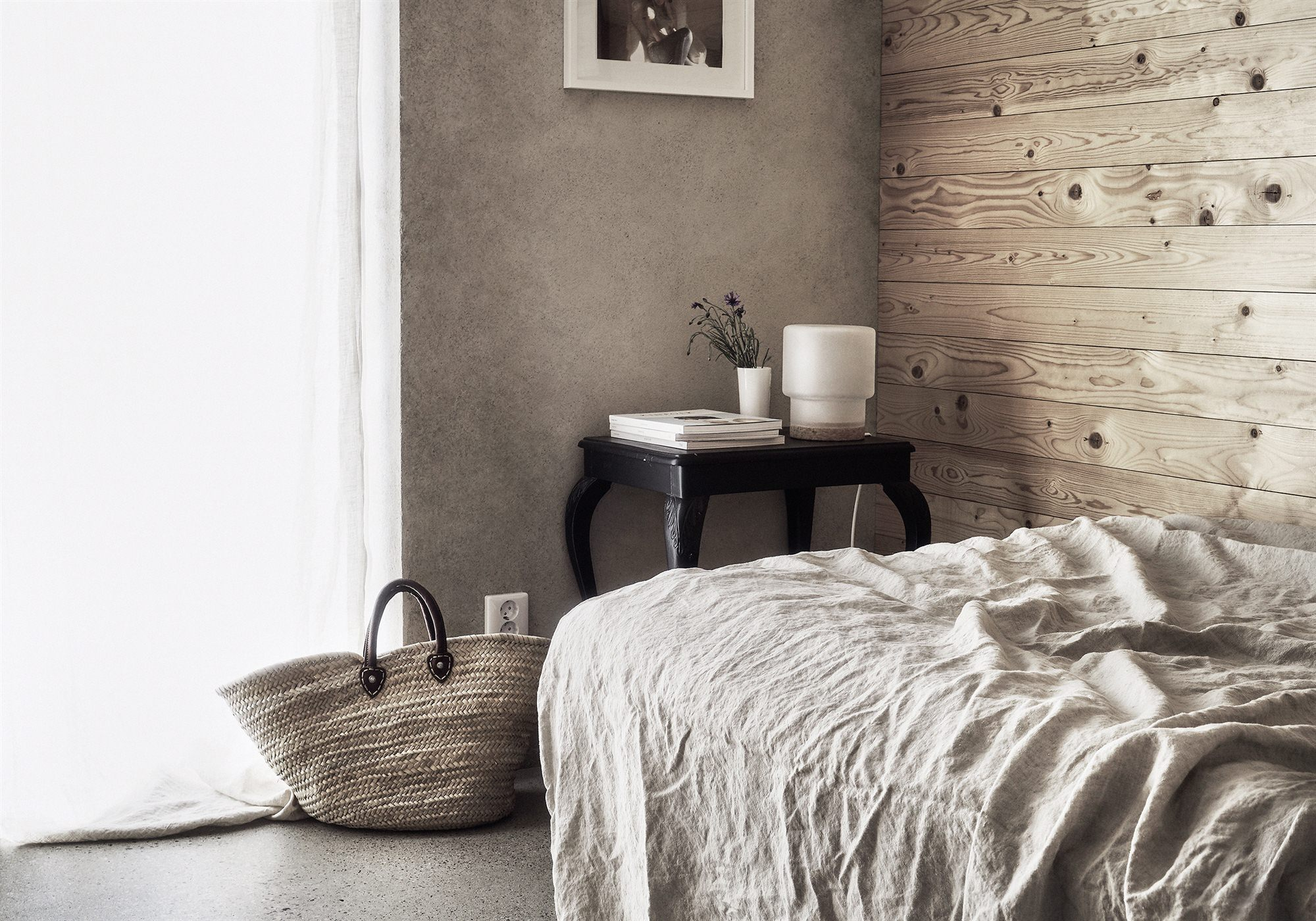Scandinavian summer house with wood planks and concrete.