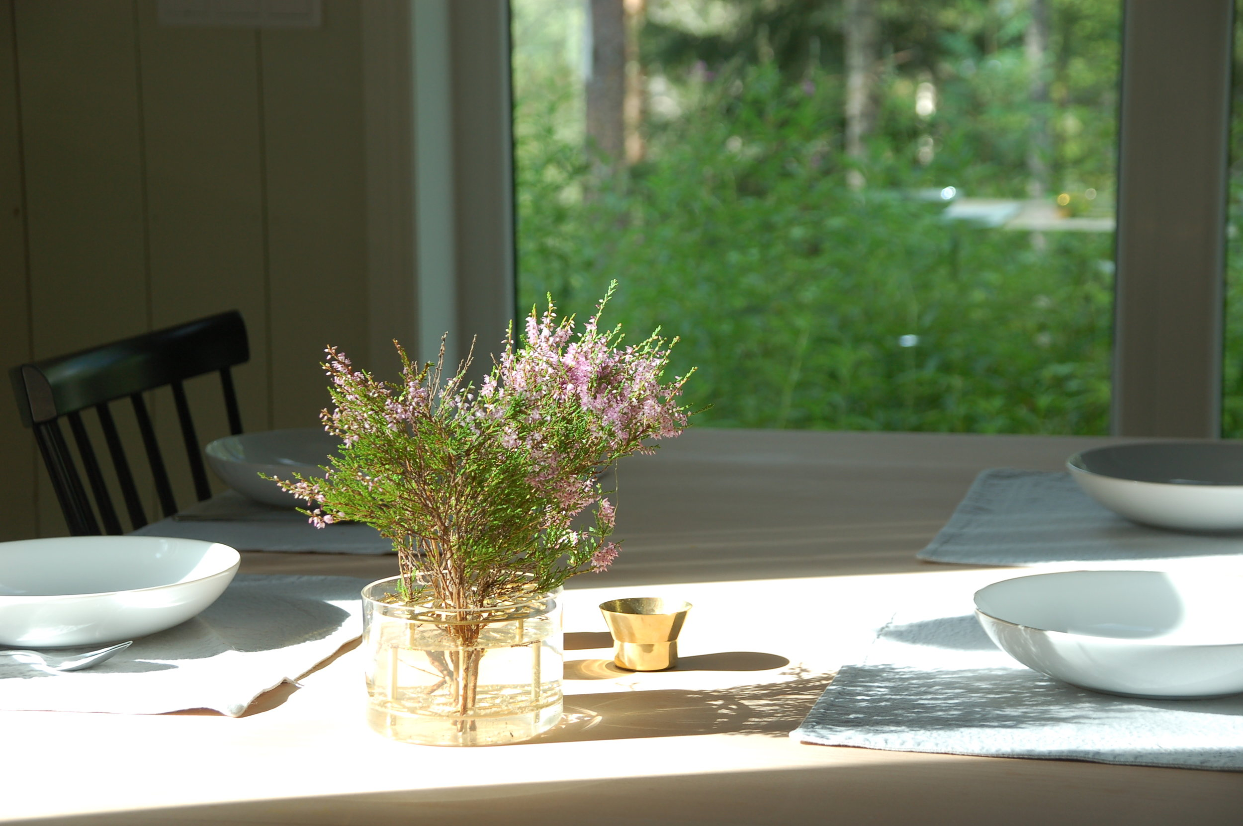 Table setting with a forest feel.