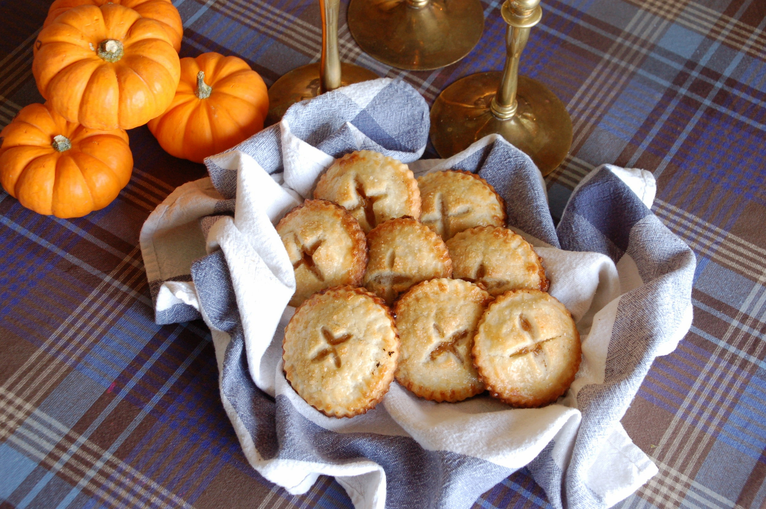 Little hand pies with apple filling and the best pie crust you can imagine!