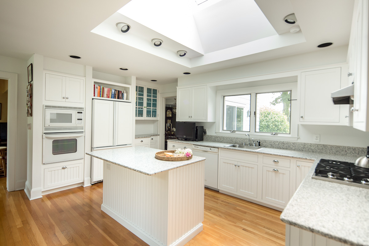 Nantucket White Kitchen Cabinetry
