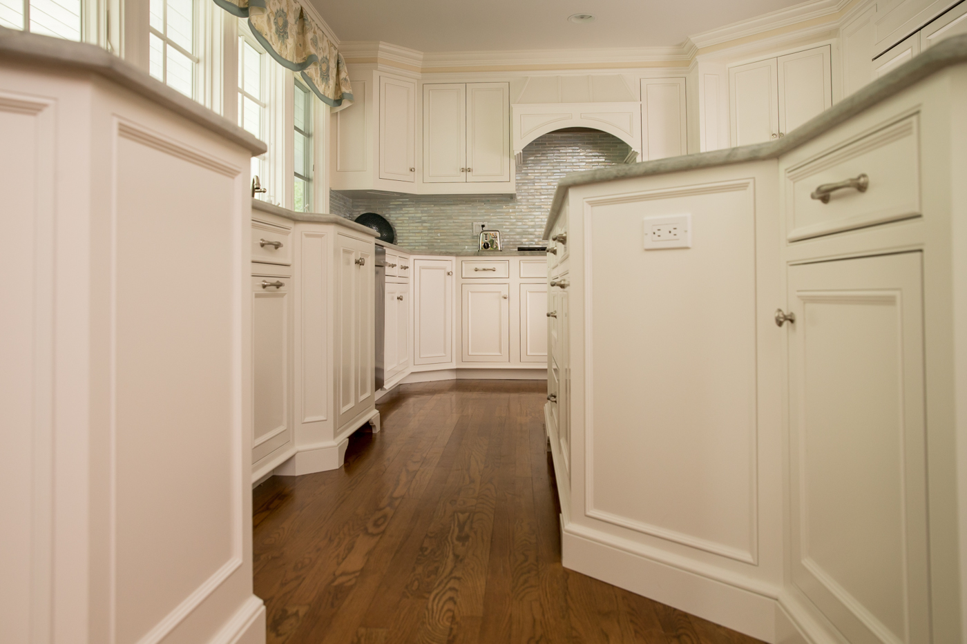 Kitchen Cabinet Electrical Outlets