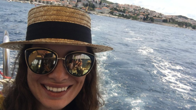 Zoe Weiner Is Traveling To A New Country Every Month For A Year - WGN Radio Chicago