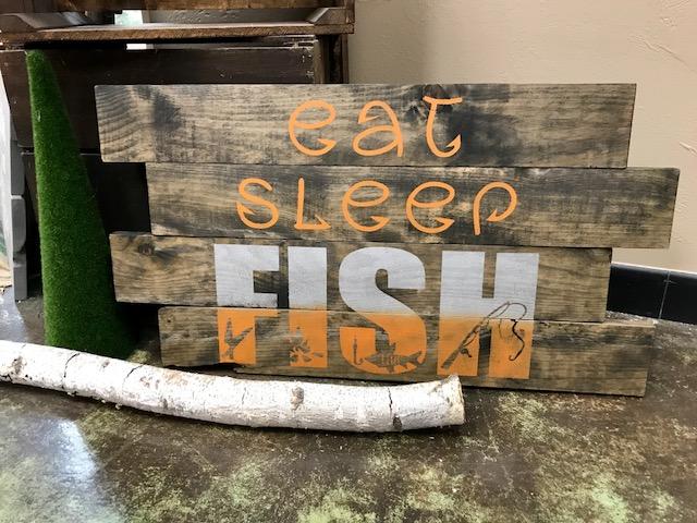 eat.sleep.FISH (EASY)