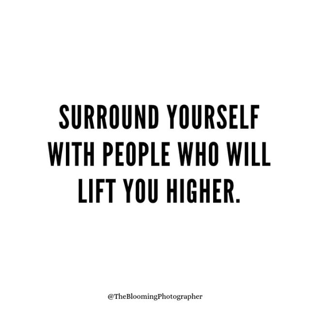 Keep your circle small and your inner circle smaller. 💯⠀⠀⠀⠀⠀⠀⠀⠀⠀ ⠀⠀⠀⠀⠀⠀⠀⠀⠀ ⚡️⚡️Tag your biz bestie...the one who lifts YOU higher. Encourages you to dream bigger and always has your back no matter how crazy you're ideas are.