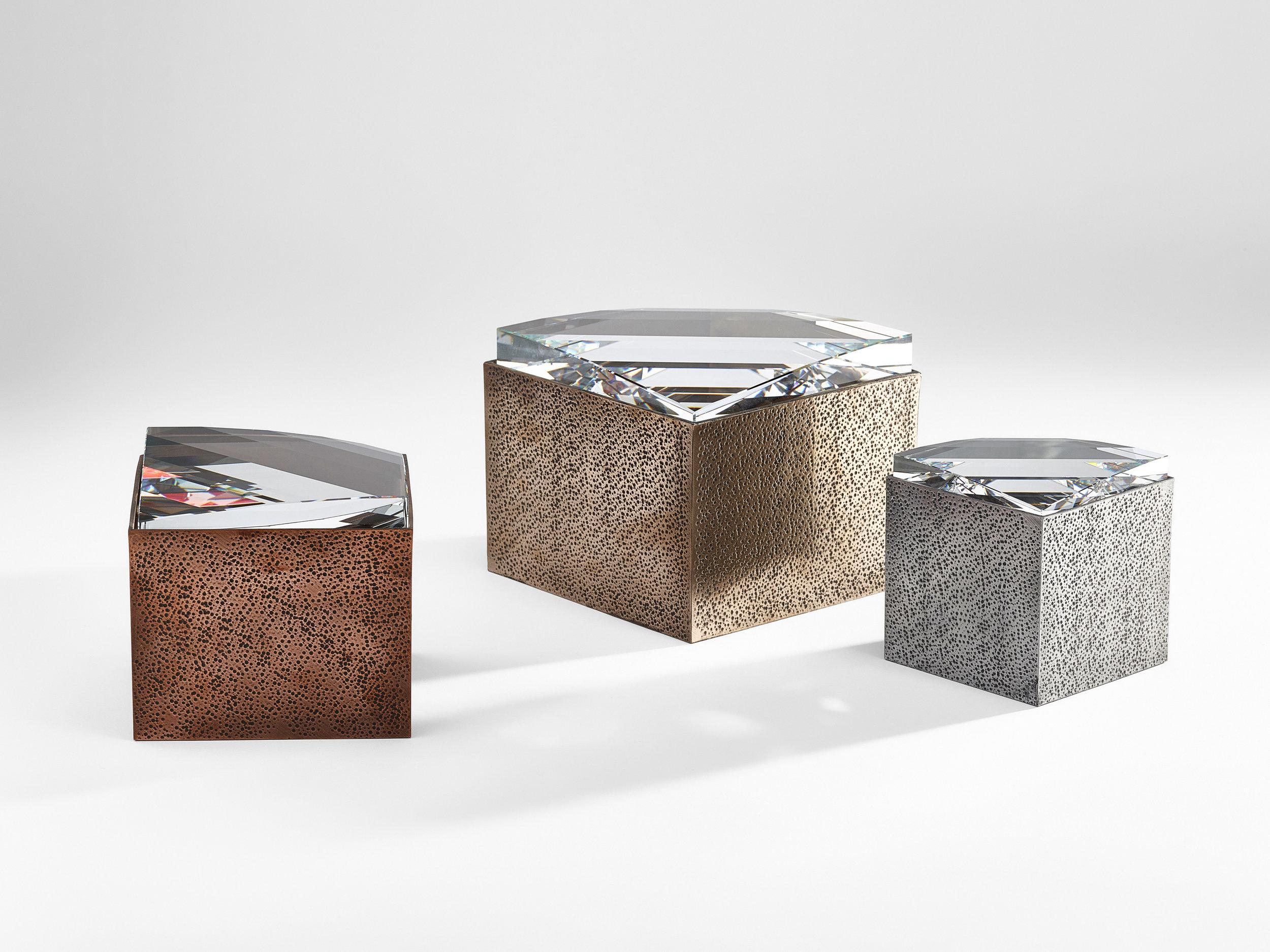 for_web_Lustra-for-Atelier-Swarovski-Home-by-Andre-Kikoski_Boxes_Group-(27).jpg
