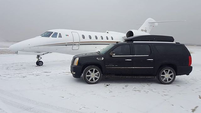 Golden Peak Express LLC  #cenntenialairport #tacair #jet center #fbo #luxurytravel #vaillive #vail #denverinternationalairport  #winter #limoservice