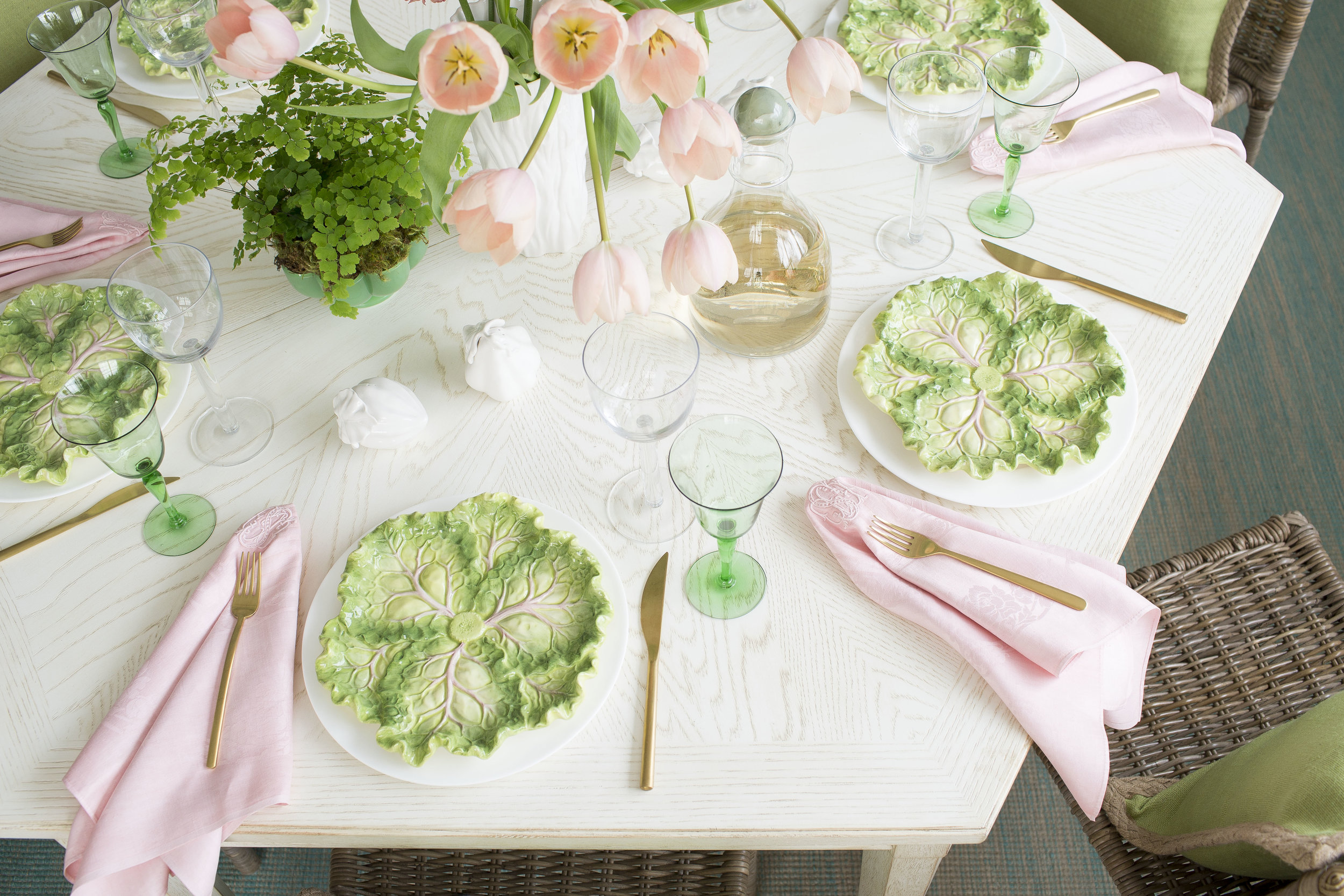 MOTHERS_DAY_TABLE_045_wine_right_side.jpg