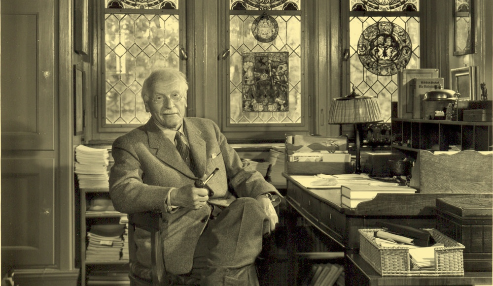 Carl-Jung-in-his-study-room.jpg