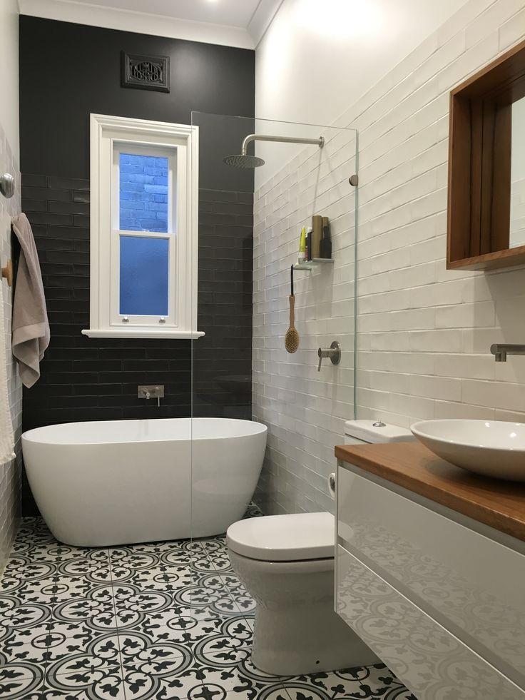 9638a9afeb987bb6b8a498638ac8f529--bathroom-flooring-subway-tiled-bathroom.jpg