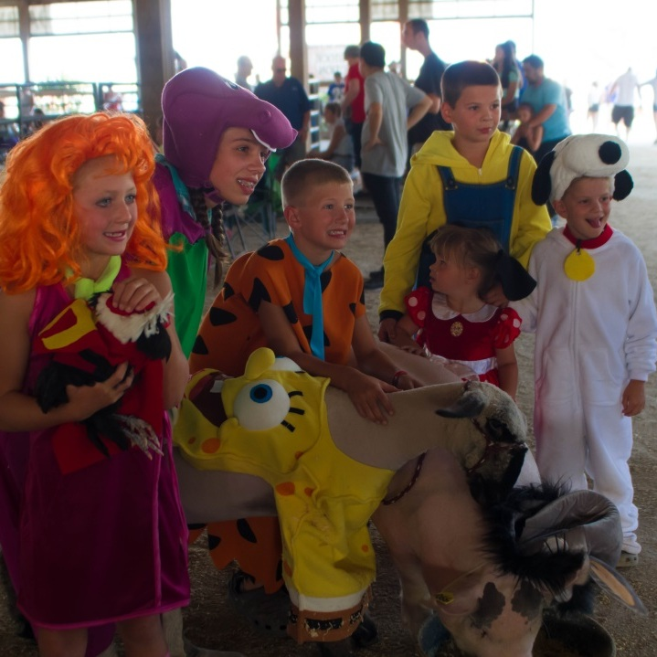 livestock+costume+contest.jpg