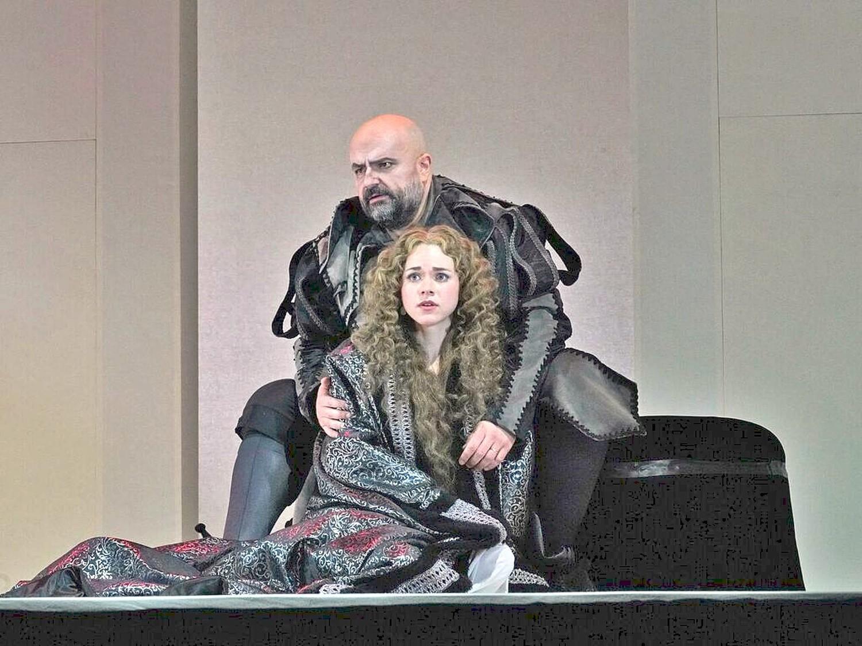 Rigoletto Gilda Duet.jpg