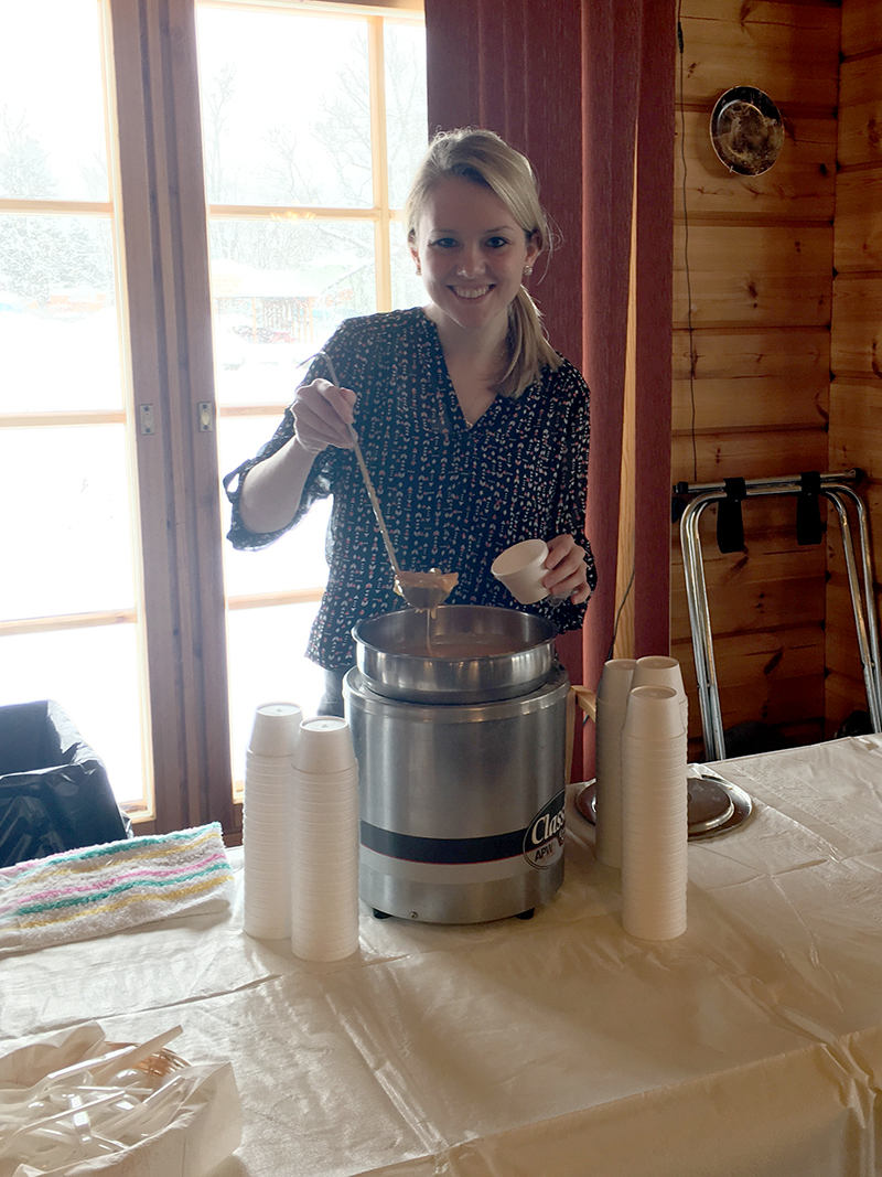 Special thanks to our server Lindsey for smiling and serving up over 400 cups of our spicy Buffalo Chicken Wing Soup at the SOUPer Bowl VI on Sunday, January 29!