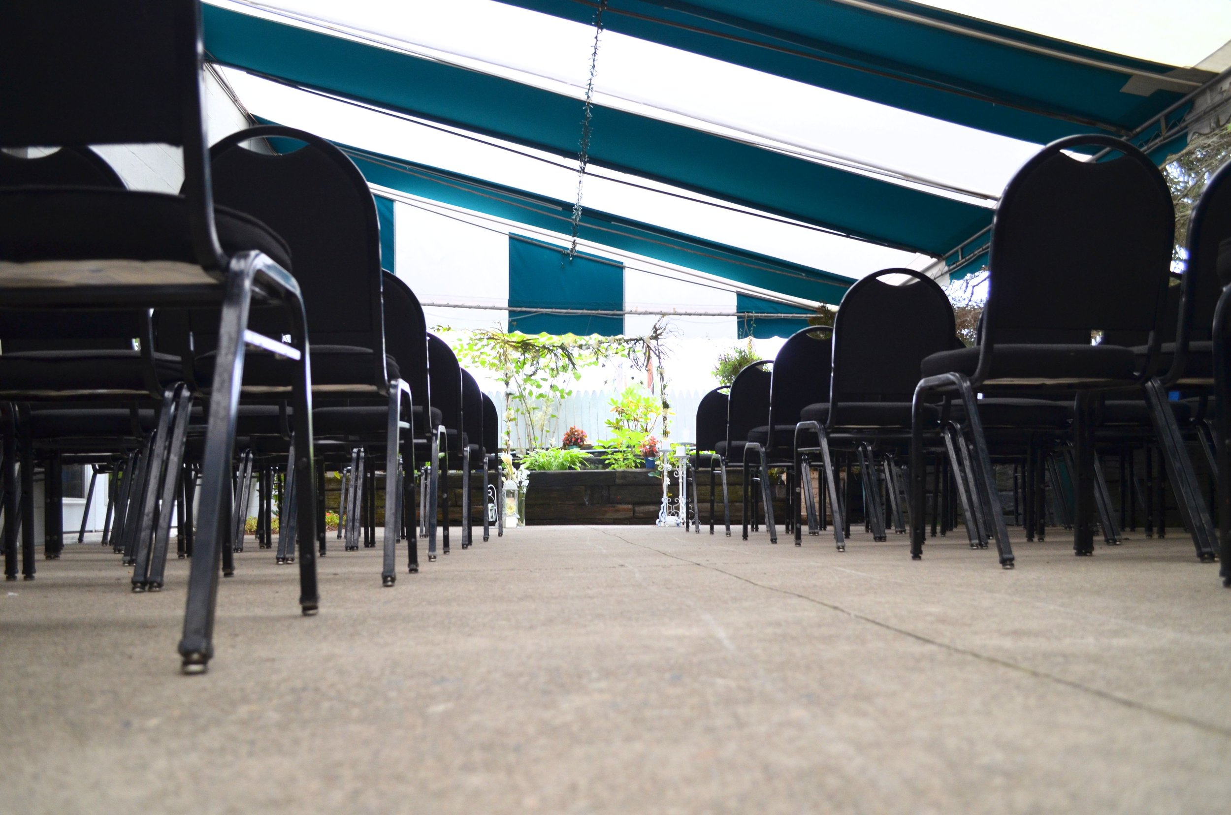 The Patio at Webb's Captain's Table
