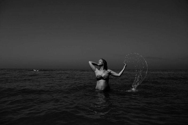 ludington-michigan-maternity-photographer-west-michigan-water-maternity_0012.jpg