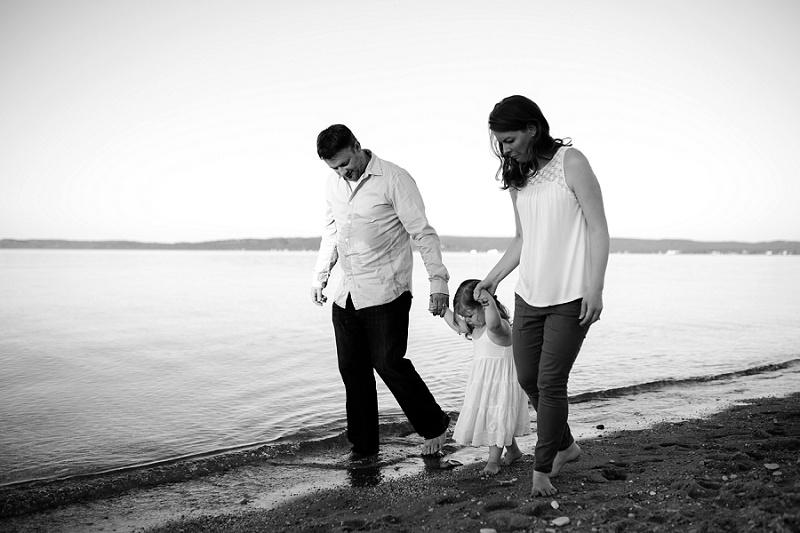 ludington-michigan-maternity-photographer-west-michigan-sand-dunes-maternity-jennifer_0100.jpg