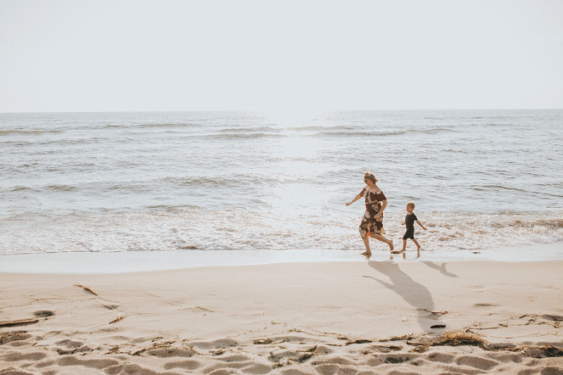 west-michigan-family-photographer-holland-michigan-lifestyle-beach-session-with-holly-4.jpg