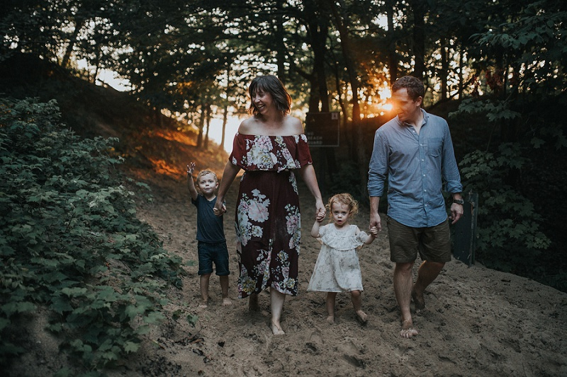 west-michigan-family-photographer-holland-michigan-lifestyle-beach-session-with-holly-15.jpg